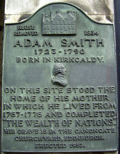 Picture of historical marker denoting Adam Smith's birthplace